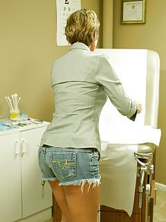 Mature Shorts Pics